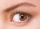 如何预防小孩眼睛斜视